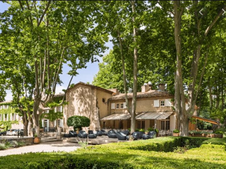 Le Moulin de Vernègues, événements et détente en Provence