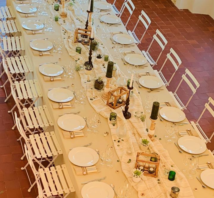 Location de chaises square blanche réception