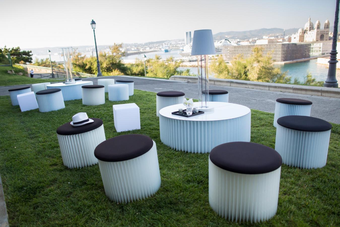 Espaces Salons, Lounge, mobilier et décoration événementielle