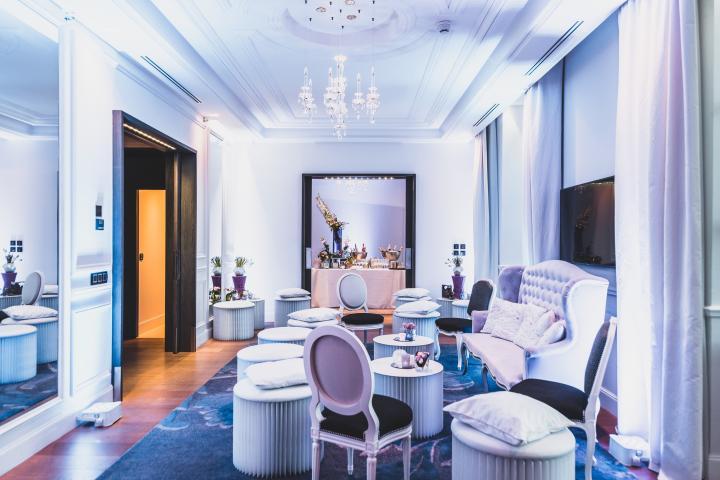 Une suite relookée en salon pour un cocktail dinatoire à l'Intercontinental