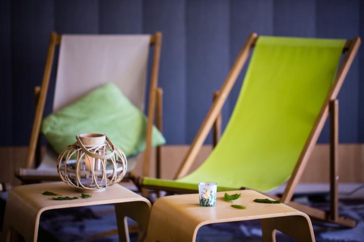 Location de chiliennes, chaises longues, lounge détente