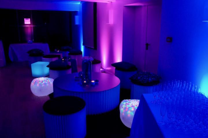 Lounge sur un thème bleu au Pigonnet
