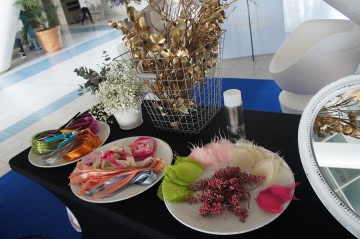 Atelier bijoux en fleurs pour le conseil général