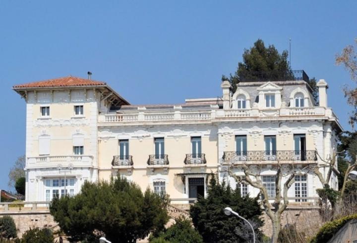 La Villa Gaby, vue mer et charme d'un pavillon historique