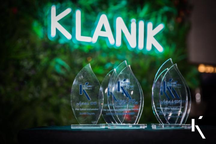 Klanik fête la fin de l'année au Reverso, déco Jungle